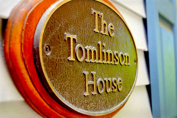 Tomlinson House Sign